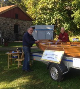 Våran fina eka samt ett par glada herrar från Västkustens Träbåtsförening