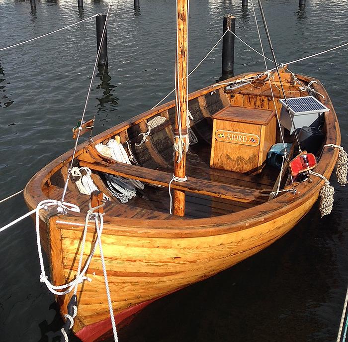 27_fjord 700